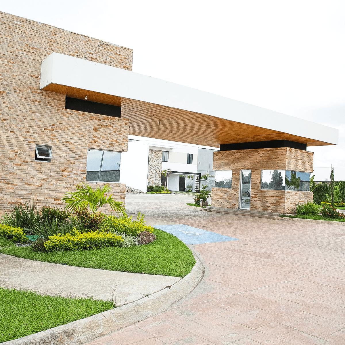 Entrada Coto Villa Brisa